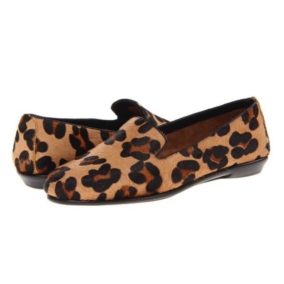 b69b53d38f63 AEROSOLES Shoes - Aerosoles Betunia Loafer in Leopard (Size 8.5)